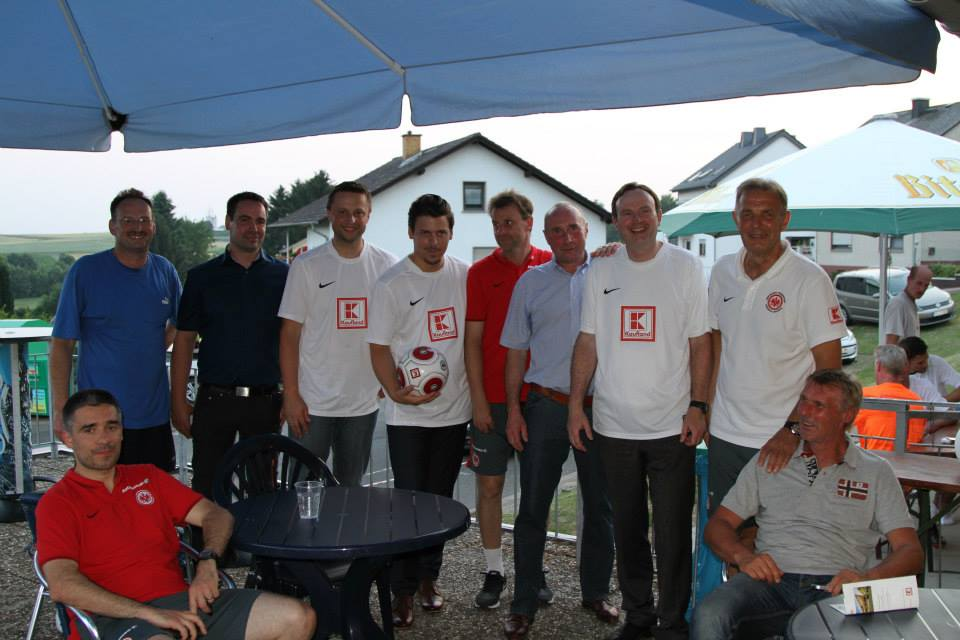 Eintracht_Frankfurt_Traditionself_19